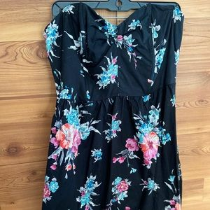 strapless floral dress w/ chest boning, POCKETS!